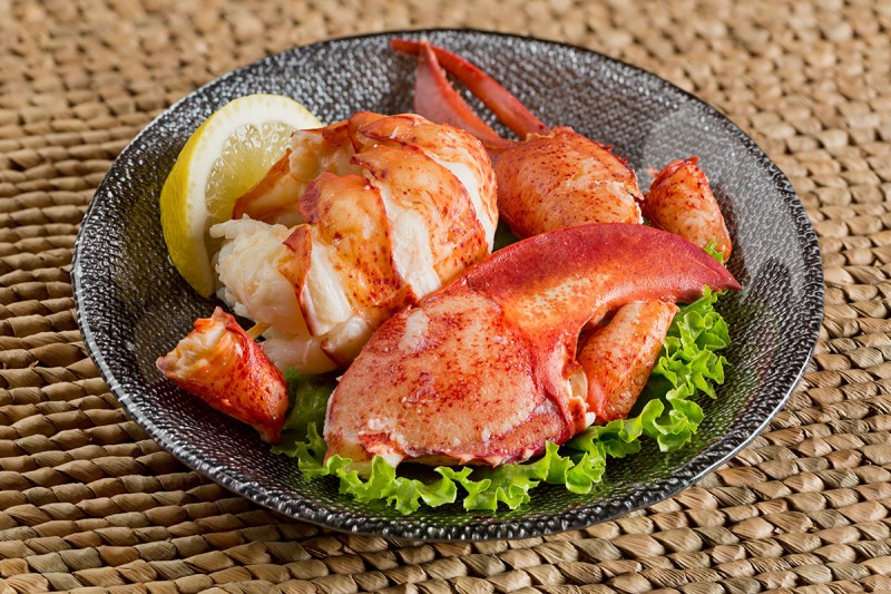 Cooked Lobster Meat, Claw Knuckle & Tail (30%), Frozen